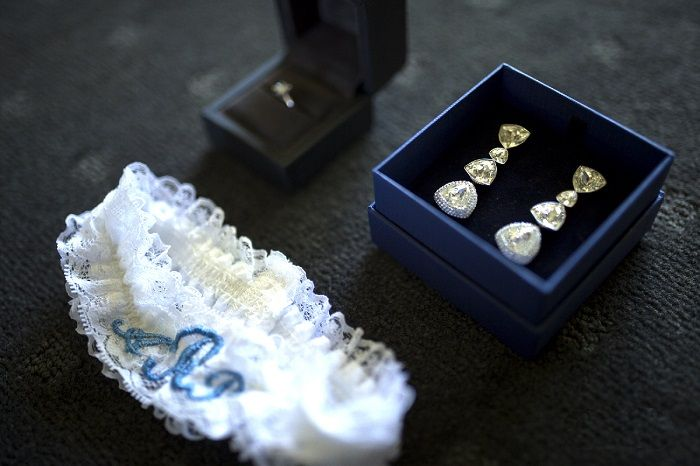 Bridal accessories | itakeyou.co.uk | Onthree photography
