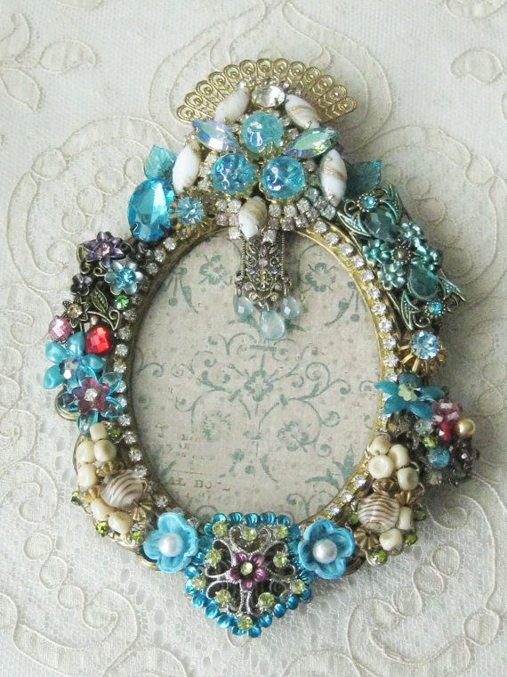 50 Jeweled Picture Frames Ideas Jeweled Picture Frame Jeweled Picture Vintage Jewelry