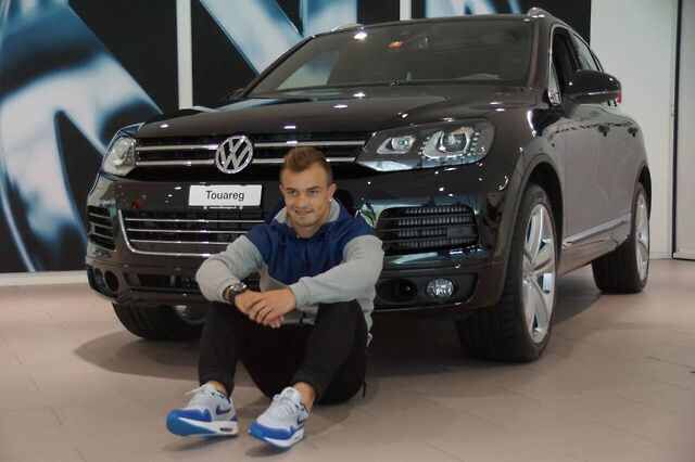 Pin By Murica On Xherdan Shaqiri Suv Car Suv Car