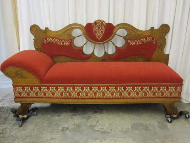 Antique 1800s lounge chaise sofa unfolds to bed extra nice for Chaise lounge antique victorian