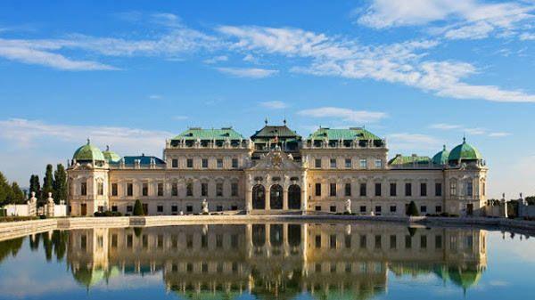 Vienna quasi gratis.  Voli di linea e low cost abbinati ad hotel tra i più autorevoli del mondo.   Pacchetti viaggio con cifre da capogiro per le migliori Capitali Europee  Su Viaggiagratis.com
