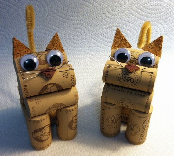 cat figurine made from recycled corks от CorkCreationsbyK на Etsy