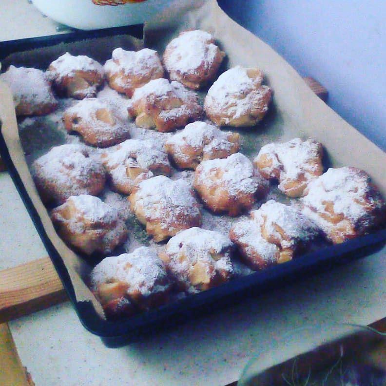 pyszniutkie i szybciutkie włoskie ciastka z jabłkiem.. P - #biscuits #cookies #italianrecipes #italiancake #baking #cake #coffeetime #desserts #applecake #apples #jablka #szarlotka #szybkieprzepisy #delicious #homecake #instabake #instapic #goodtaste #jami #cookinggirl #inkitchen #ilovebake #bakingrecipes ? pyszniutkie i szybciutkie włoskie ciastka z jabłkiem.. Palce lizać?     You are in the right place about Italian Recipes pizza      Here we offer you the most beautiful pictures about the  I