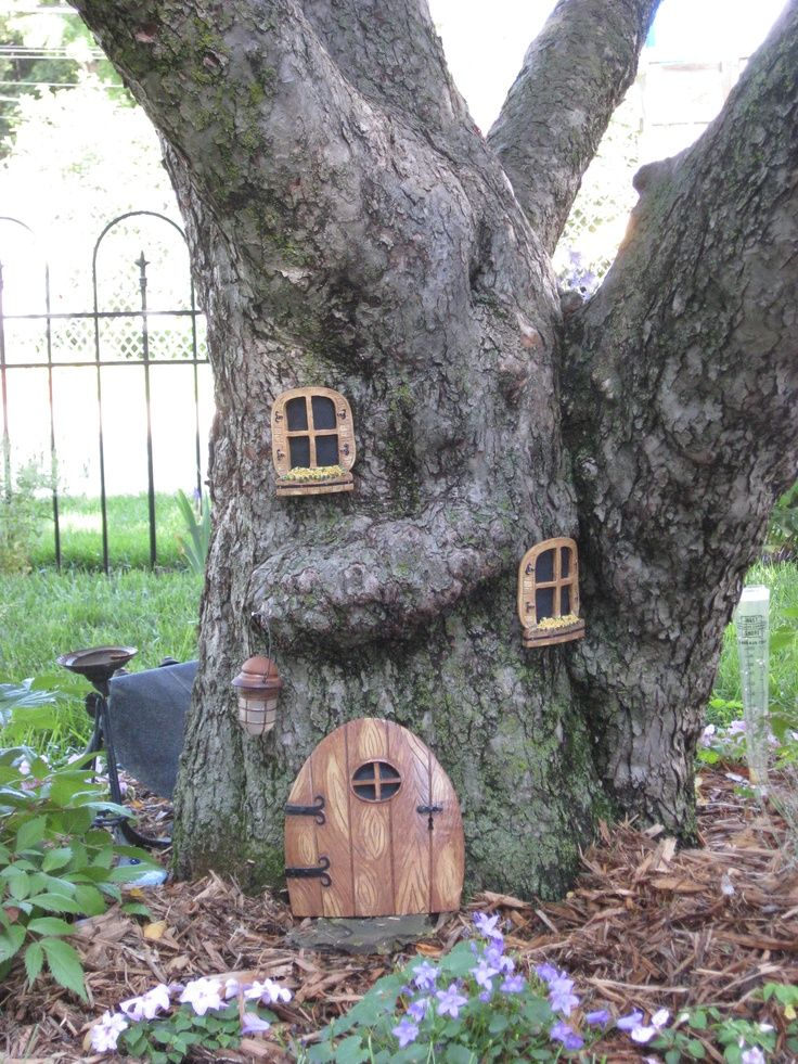 Fairy tree fun to make on old tree stump for the children