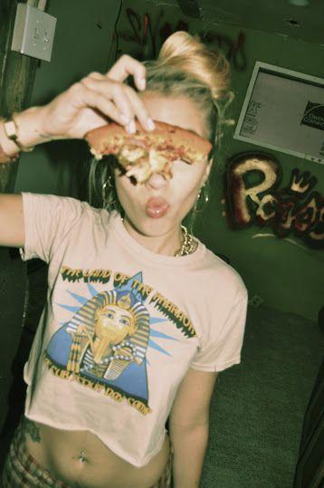 pizza girl, pizza girl