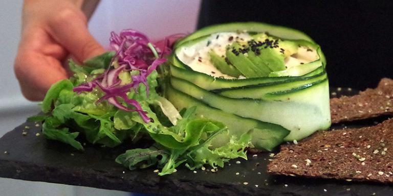 Top10 Veggie + Vegan Restaurants Berlin Berlin Pinterest - vegane küche berlin