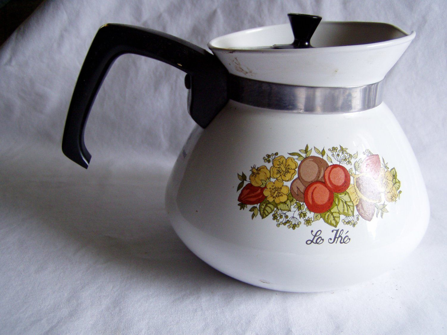 "Vintage Corning Ware Spice of Life Coffee/Tea Pot 6 Cup ""Le The"" P-104 - for sale at Wenzel Thrifty Nickel ecrater store"