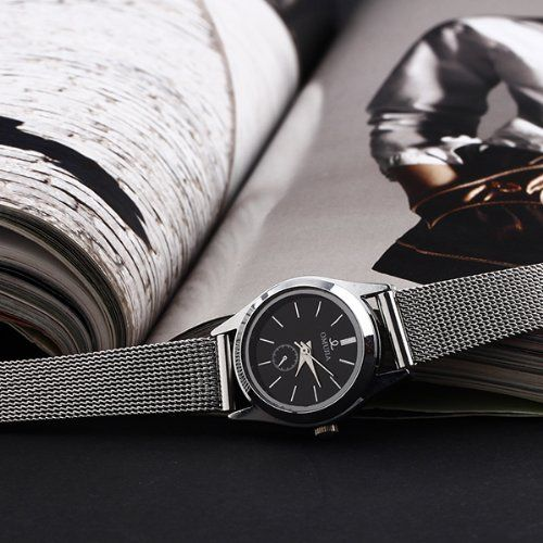 WLM beliebtesten Mode Simple Black Dial Schlank Silber Mesh-Armband-Quarz-Mädchen Womans Damen-Armbanduhr