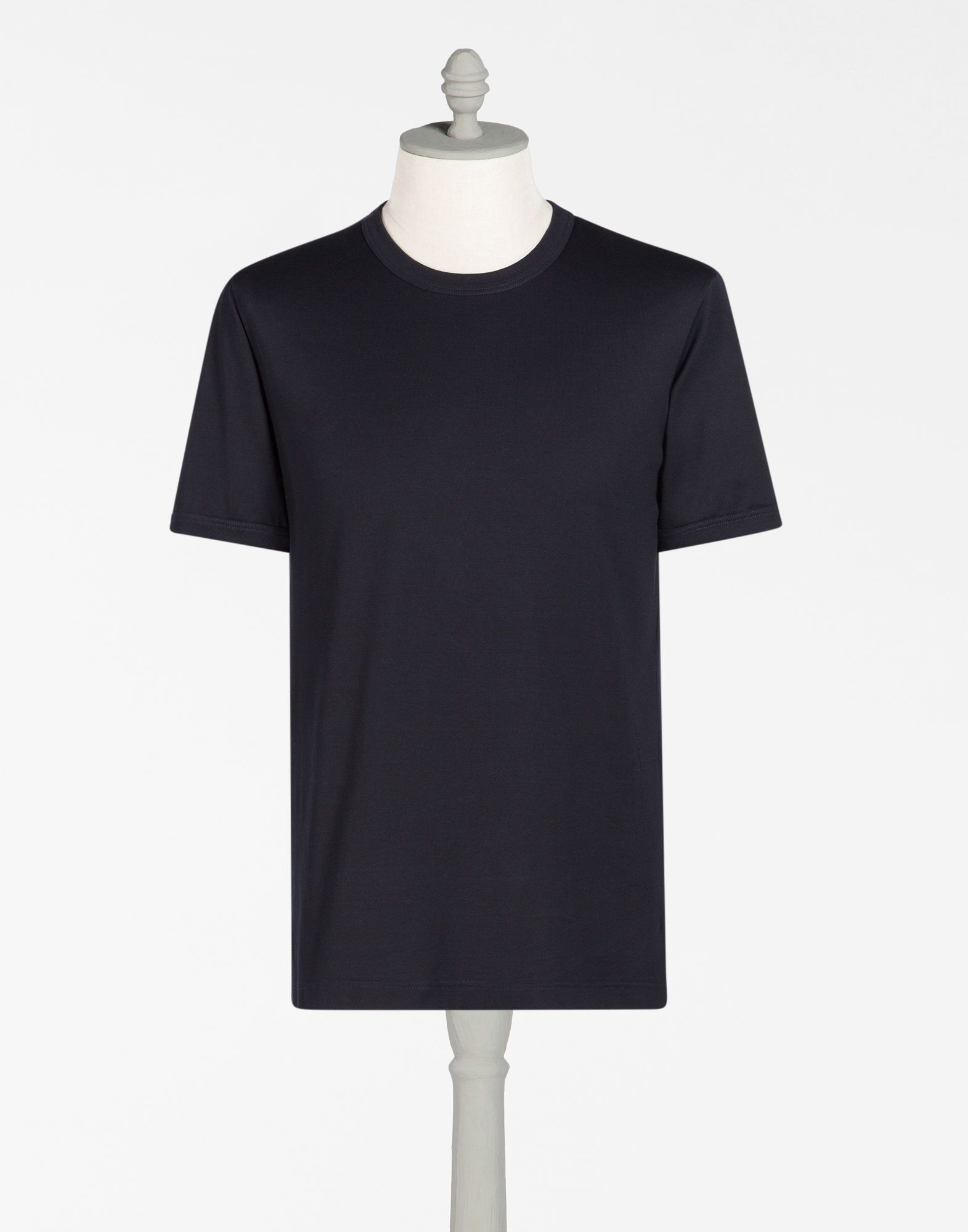 DOLCE & GABBANA T-Shirt In Cotton. #dolcegabbana #cloth #