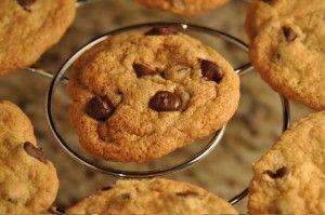 Gluten-Free Cookie Baking Help on http://blog.julesglutenfree.com