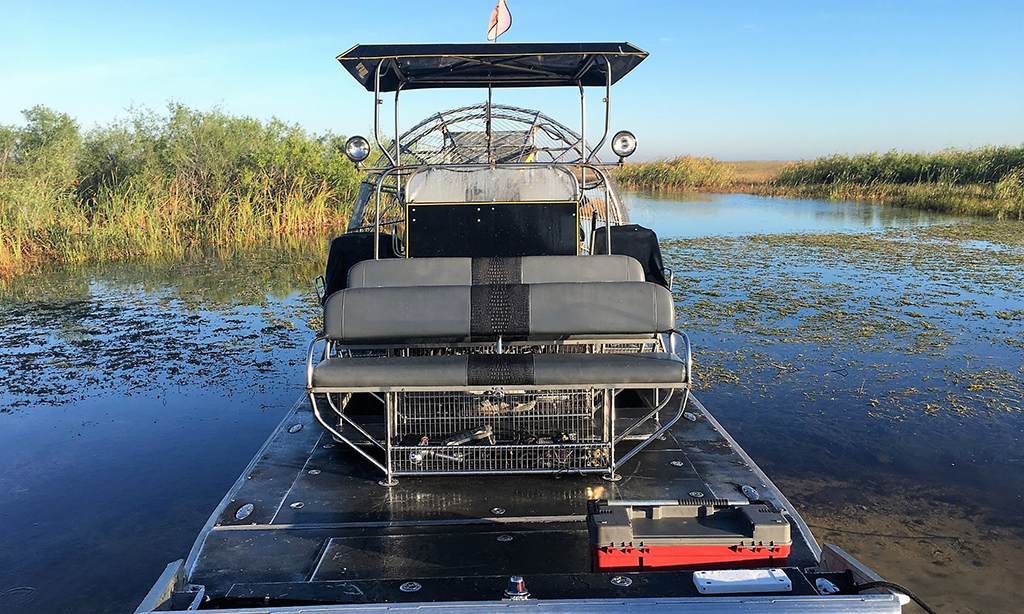 Airboat In Everglades 1 888 893 4443 Private Airboat Tours Miami Beach Attractions Airboat Rides Everglades