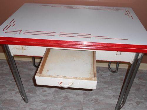 Vintage White W Red Trim Enamel Porcelain Leaf Kitchen Table W Drawer 1940 S Kitchen Table White Vintage Porcelain