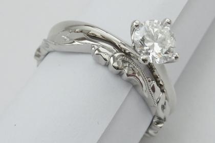 handmade deep engraved ladies 18ct white gold wedding ring