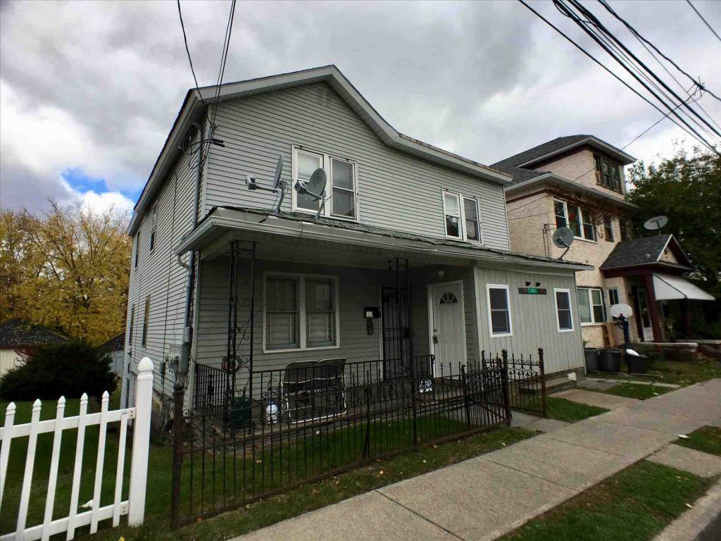 Scranton Apartment 1 Bedroom Apart On Littleton Road To Let Out Immediately Parsippany 1326 E Gibson Street Apartmen Beach Apartment House Styles Mansions