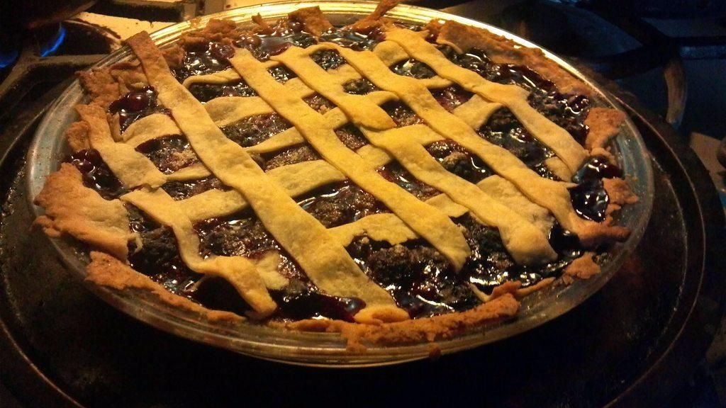 Blackberry Pie with blackberries picked straight from the yard.