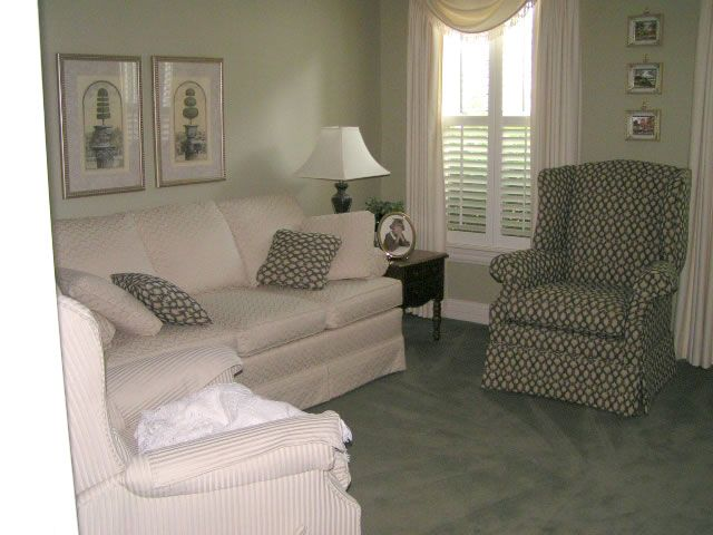 Small Living Room · Decorating ...
