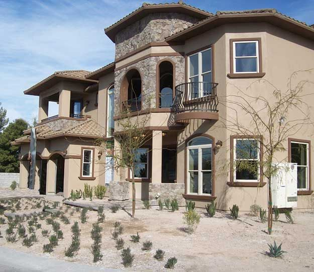 Exterior Pictures Of Mediterranean Style Homes Cities: This Spacious Five Bedroom Spanish–Mediterranean Style