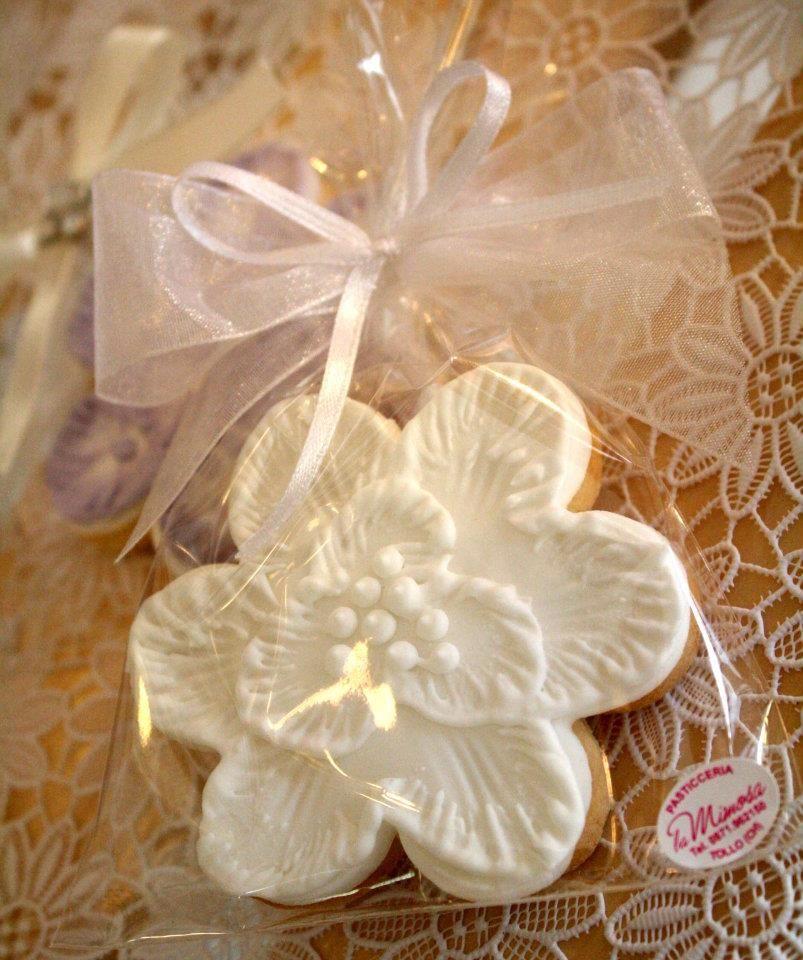 i fiori, creazione della pasticceria La Mimosa di simocakedesigner.it