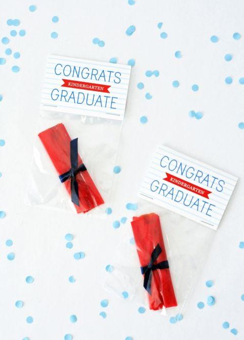 Mini Diploma Treats Free Printable Gifts Preschool Graduation