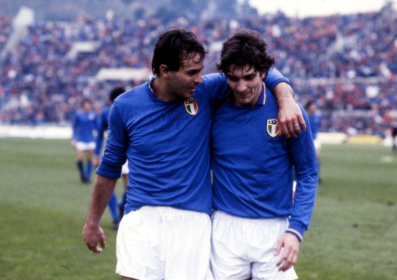 Antonio Cabrini e Paolo Rossi felice 1982 azzurri