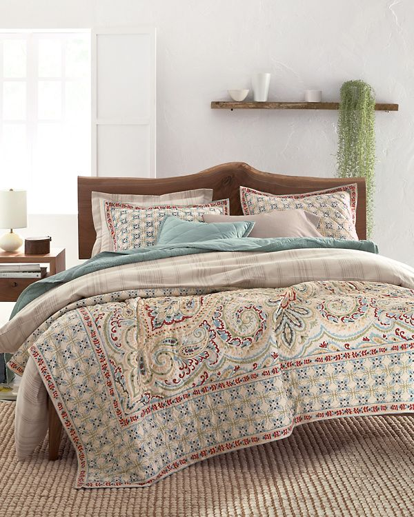 Umbria Paisley Quilt and Sham Hill in 2020