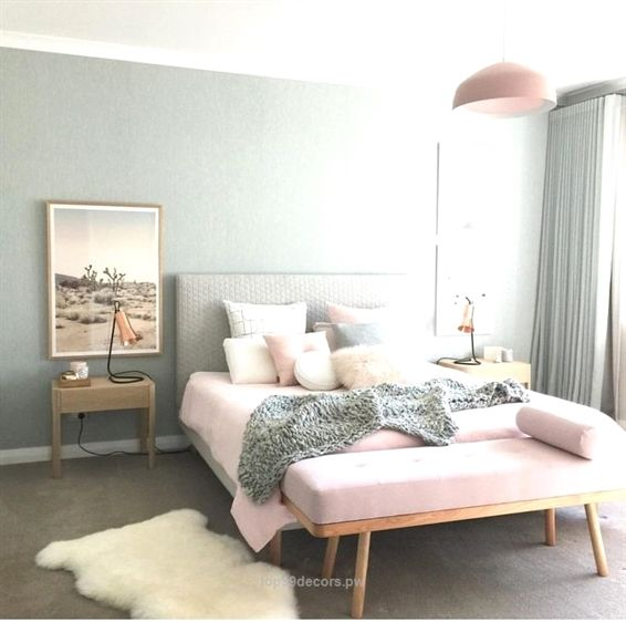 chambre gris rose blush deco feminine House decor Pinterest