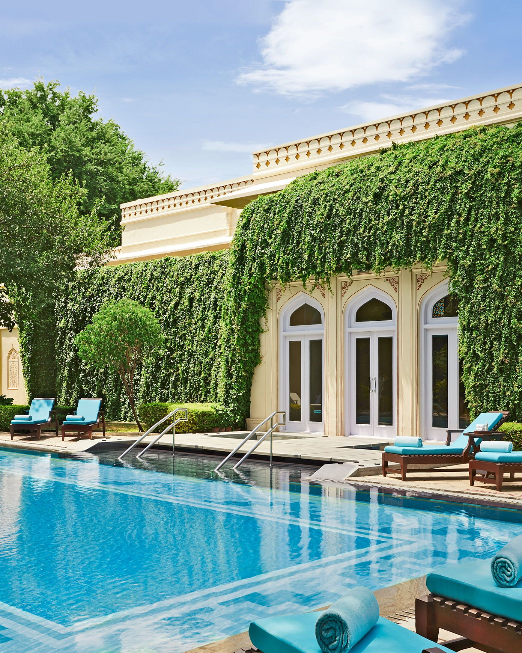 Rambagh Palace Jaipur India Luxury Hotel Review By Travelplusstyle Luxury Hotel Hotels Design Hotel