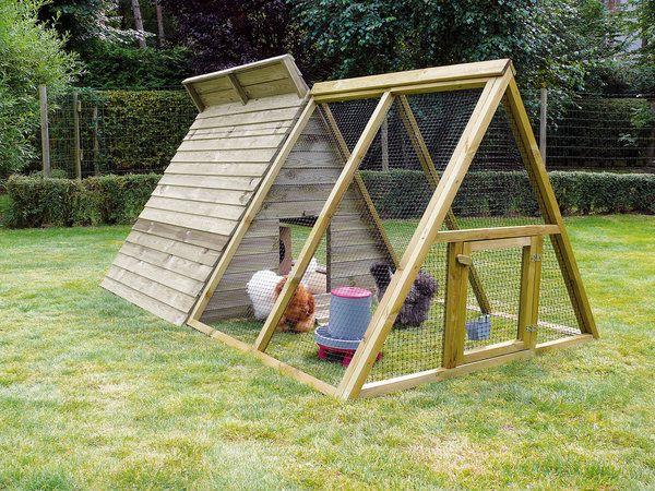 ce poulailler truffaut mod le toutankhamon est id al pour 4 6 poules en bois trait il est. Black Bedroom Furniture Sets. Home Design Ideas