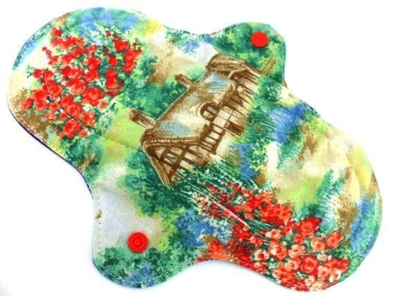 pad regular to heavy 85 English Country Cottage print Flat Cotton towelling PUL  Cloth pad regular to heavy 85 English Country Cottage print Flat Cotton towelling PUL Clo...