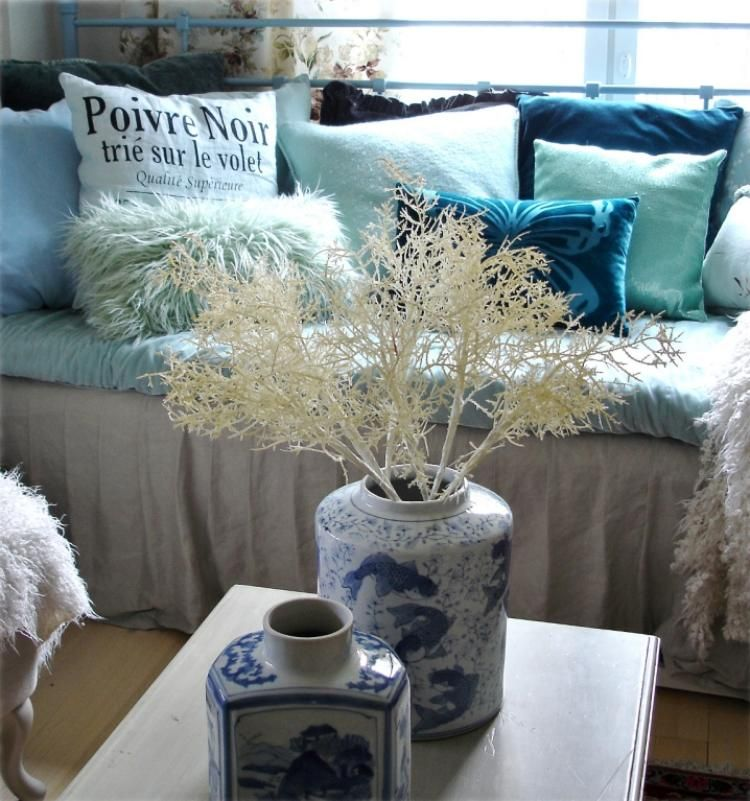 Kissen in Türkis fürs Wohnzimmer \u2013 25 tolle Dekoideen