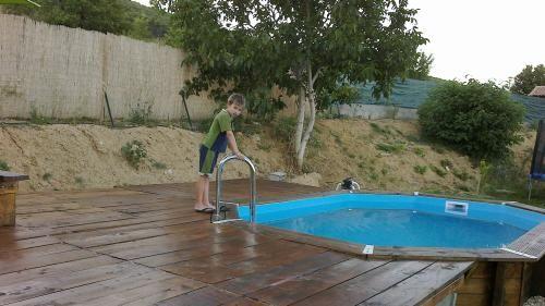 mise en place piscine bois semi enterre leroy merlin