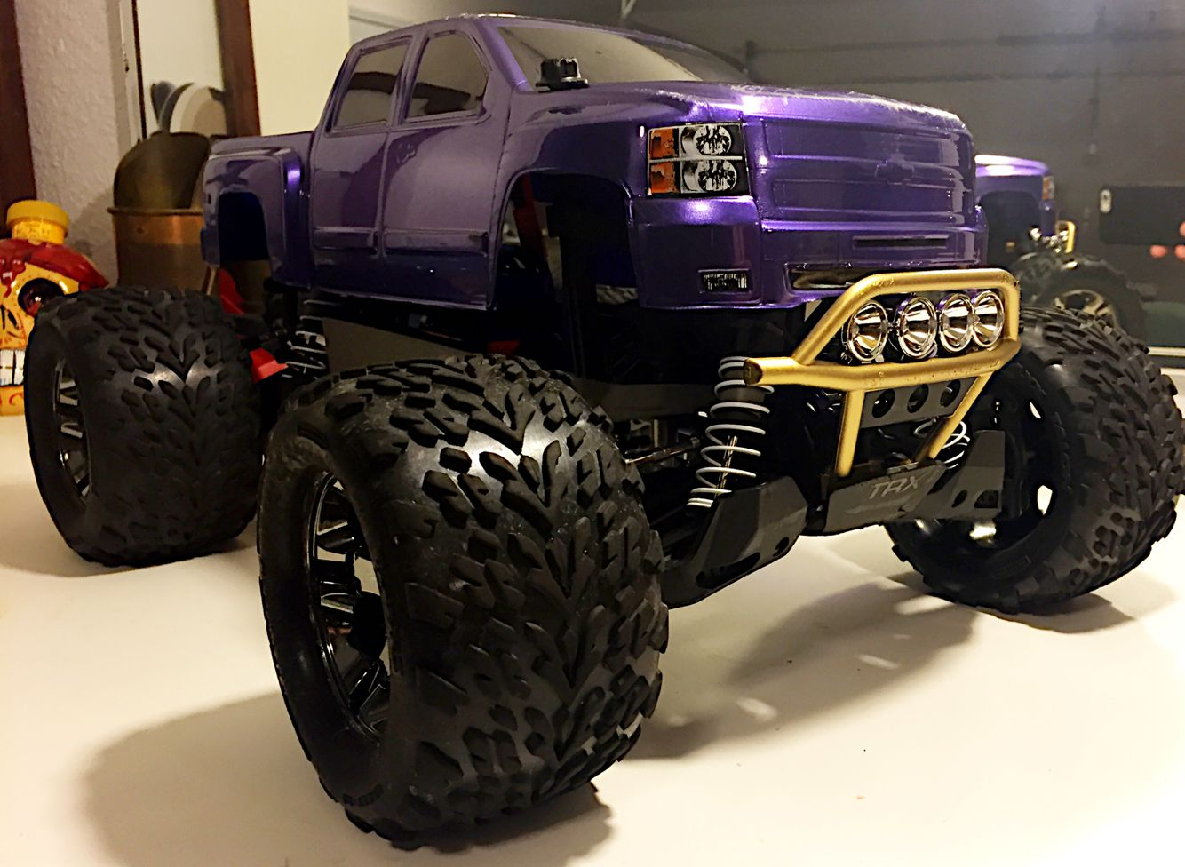Traxxas Stampede 4x4 VXL Brushless with 2cell Lipo and many
