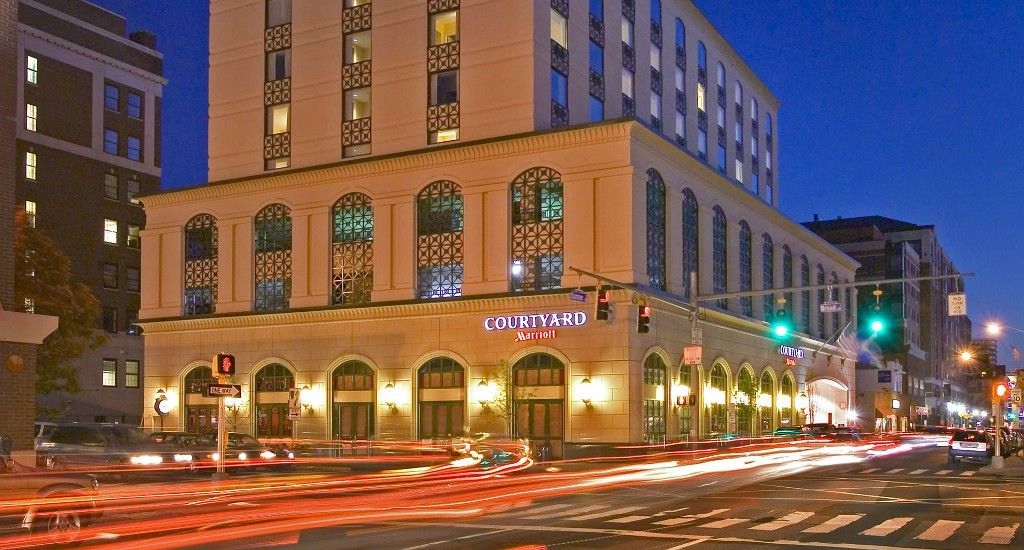 Bond Limo Service To The Stamford Connecticut Hotel Downtown Hotels Pinterest And Wi Fi