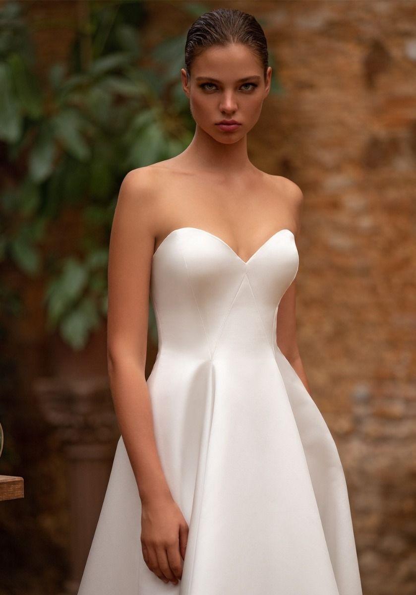 Zac Posen For White One Satin High Low Wedding Dress Hk Designer Wedding Dresses High Low Wedding Dresses Sweetheart Neckline Formal Dresses For Weddings [ jpg ]