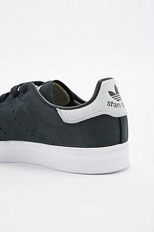 Adidas - Stan smith noir&blanche UO