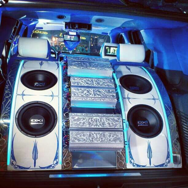 Custom speaker box and trunk, full with lights, color and paint
