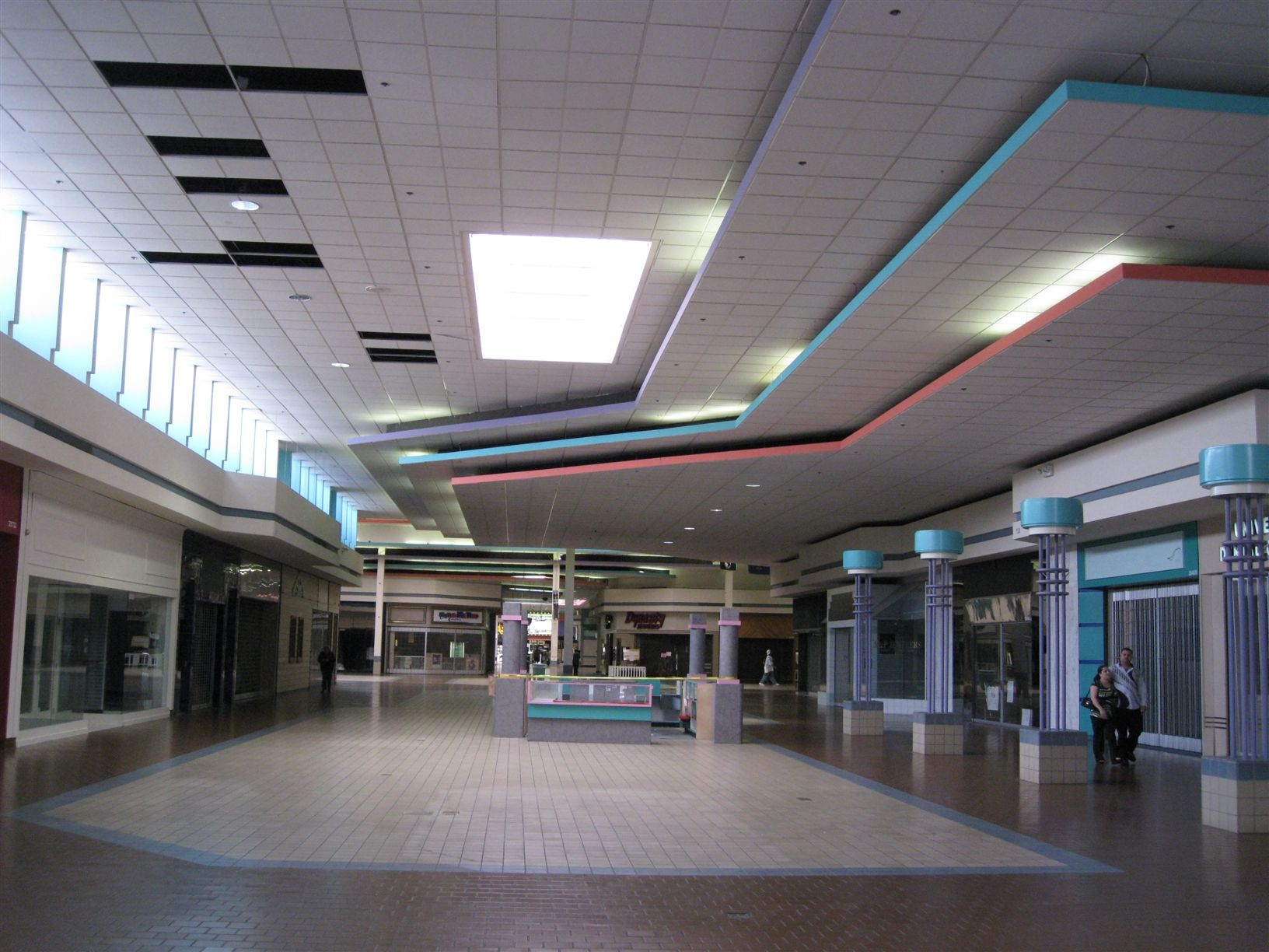 Man Cave Store Dixie Mall : Universal mall michigan abandoned malls pinterest