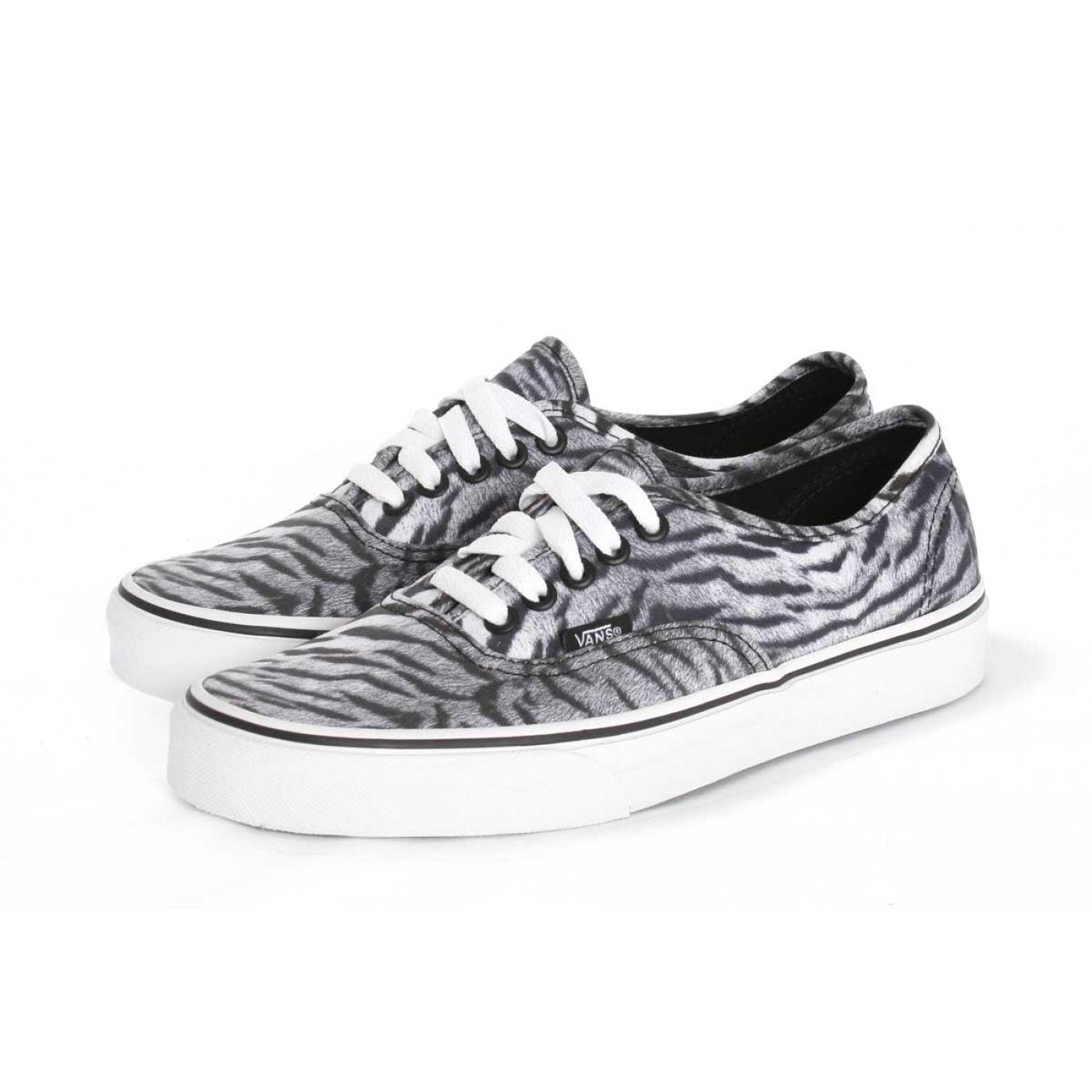 Vanz, black & white stripes, zebra
