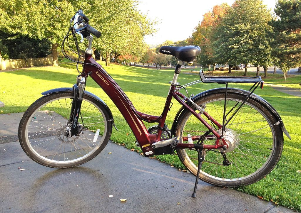 Izip Electric Assist Bicycle By Currie Technology Electric Assist Bicycle Bicycle Electricity