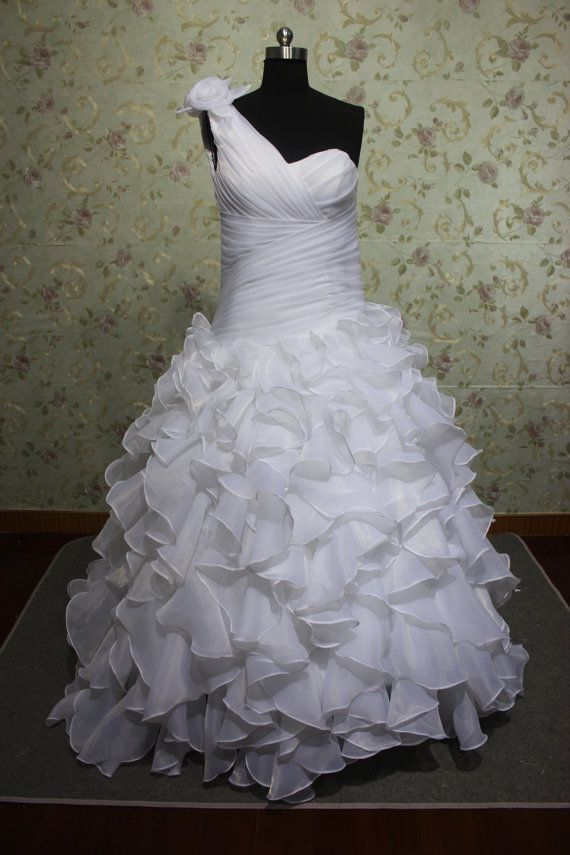 Gorgeous One Shoulder Trumpet White Organza Ruflles Royal Wedding Dress Gown 2012 25900 Via