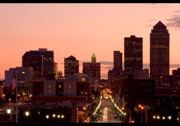 2 Des Moines Ia City Skyline Art Best Cities Skyline