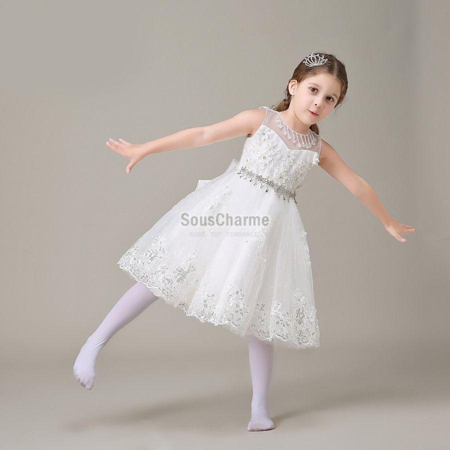 robe pour mariage enfant fille pas cher en tulle blanche avec jupe pompon orn e de broderie et. Black Bedroom Furniture Sets. Home Design Ideas
