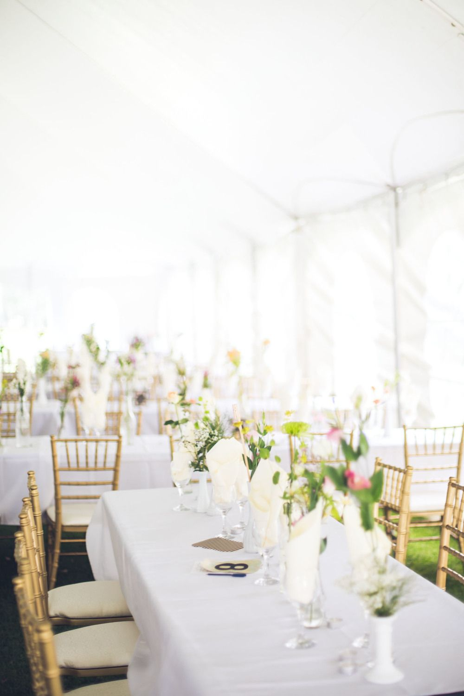 Sylvan Lake Alberta Wedding Venue Decor