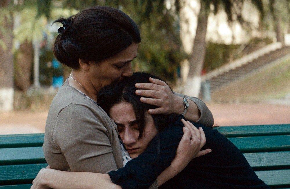 My Happy Family (2017), Nana Ekvtimishvili e Simon Gross