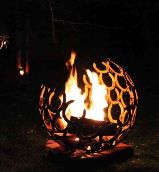 Feuerschale Hufeisen Feuerschale, Hufeisen und Form - feuertonne selber machen