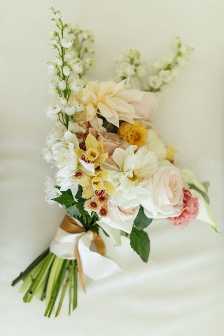 Emma Patrick S Simple Classic Palm Beach Wedding Wedding Flowers Beach Wedding Palm Beach Wedding