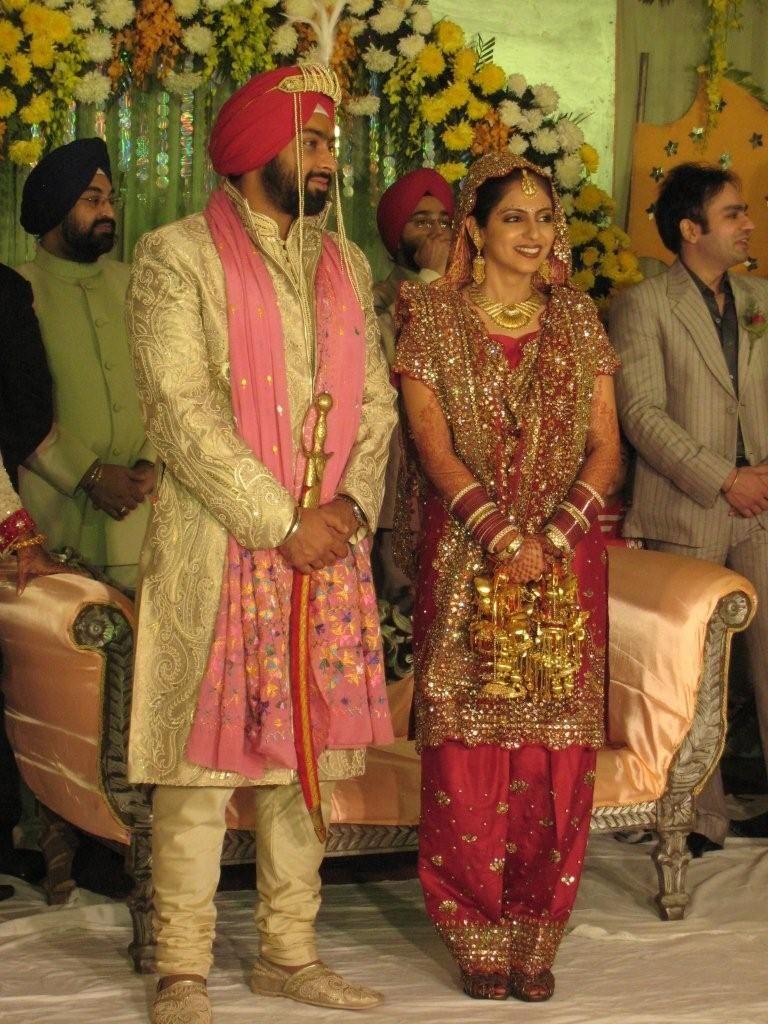 punjabi indian wedding dresses | Punjabi Wedding Suits | Weddings ...