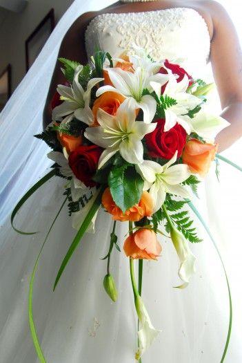 Brautstrauss Mit Rosen Und Lilien Funeral Flowers Pinterest Wedding