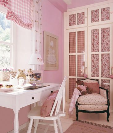 vintage shabby chic inspired office. Lovely Feminine Office:: Girly Home:: Vintage Inspired Decorating:: Pink Shabby Chic Office A