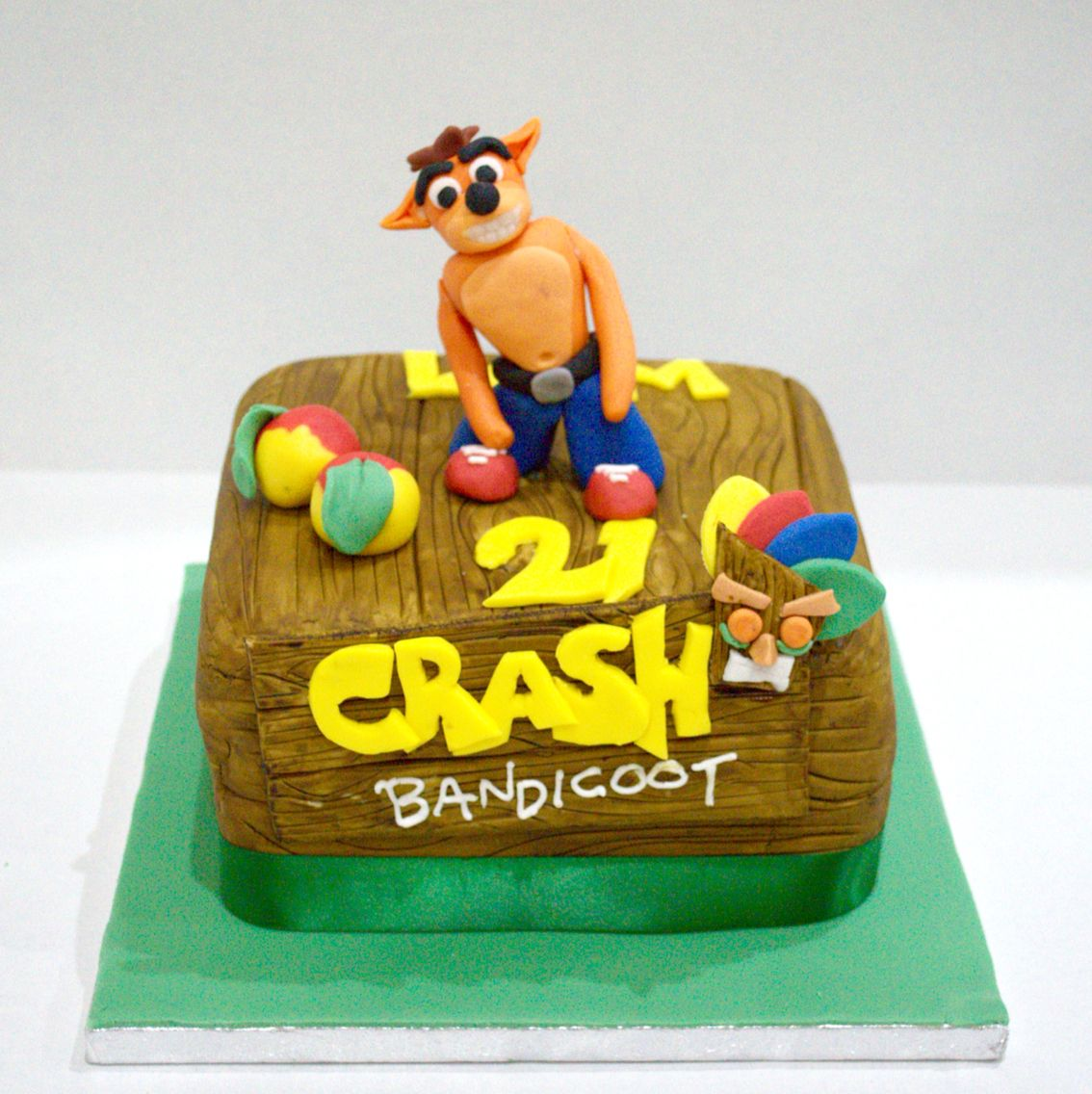 Crash Bandicoot Cake For More Follow Greenicing On Instagram